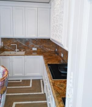 Столешницы для кухни из золотого мрамора