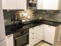 Столешница для кухни из чёрного гранита