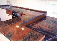 Столешница для кухни из гранита Самока Ред